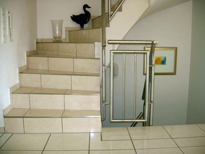 peter fliesen bilder news infos aus dem web. Black Bedroom Furniture Sets. Home Design Ideas
